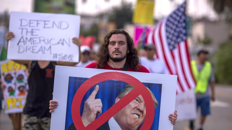Protesta de dreamers en Los Ángeles contra el fin de DACA.
