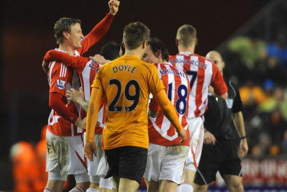 Stoke City se ubicó el octavo lugar de la tabla.