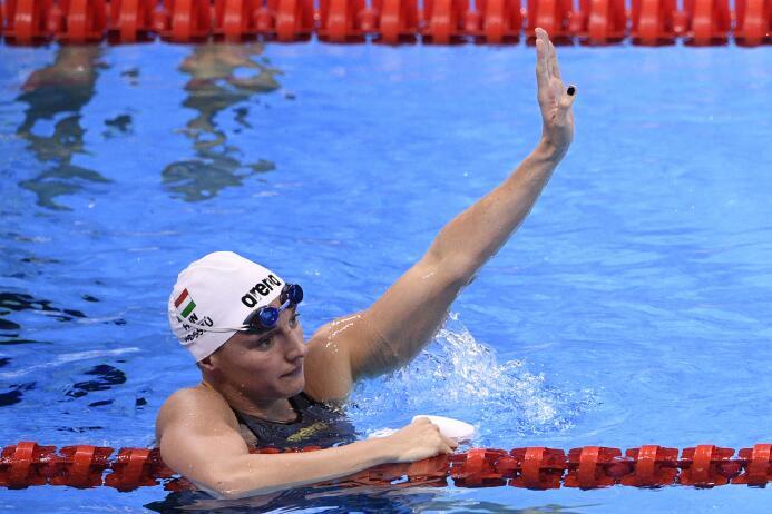 La nadadora húngara Katinka Hosszú impuso nuevo récord olímpico en los 2...