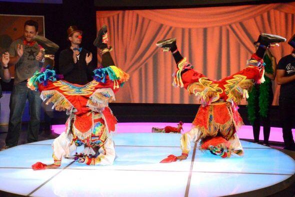 Un baile tradicional de Perú también estuvo presente.