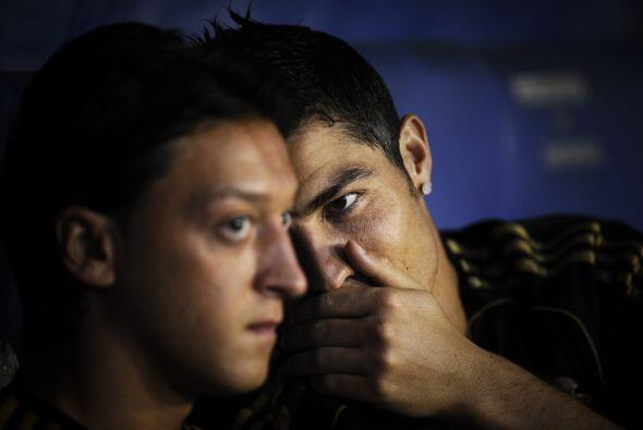 Cristiano Ronaldo ve en Mesut al futbolista que necesita de su lado para...