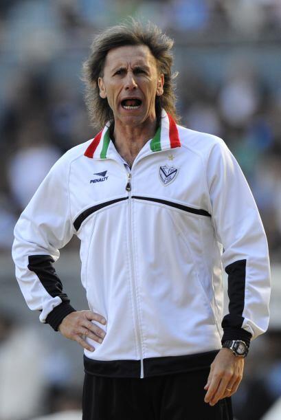Ricardo Gareca, ex goleador y un técnico muy inteligente, llevó a Vélez...