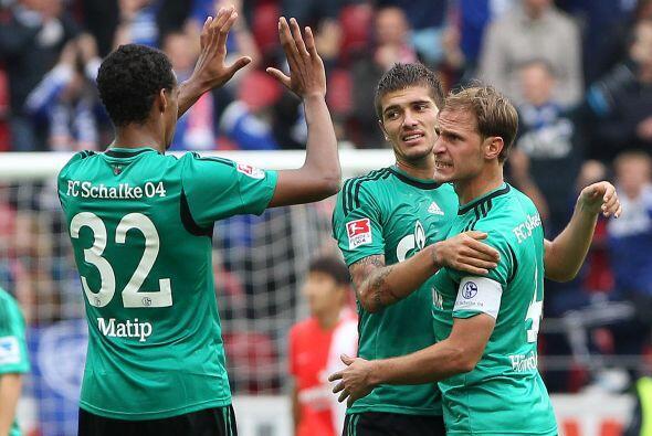 El miércoles quedará completada la primera sesión. El Schalke recibe al...