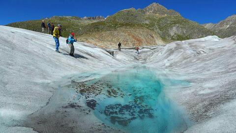 El  glaciar Aletsch en Suiza se está derritiendo.