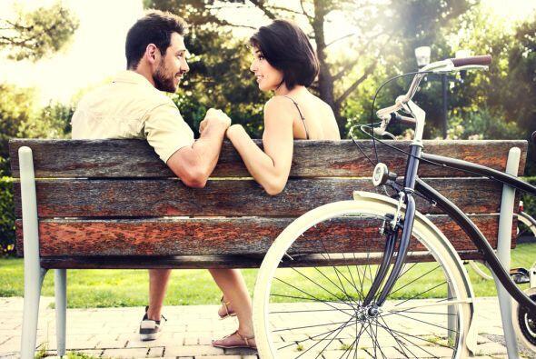 Este mes de febrero el amor se convierte en un hecho, deja de ser algo f...