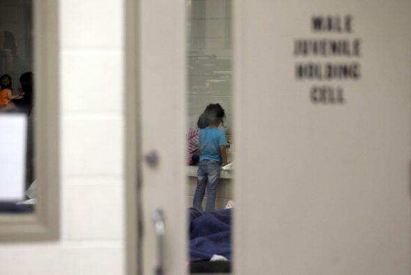 En 2013 los menores cruzando solos la frontera sumaban 24,668.