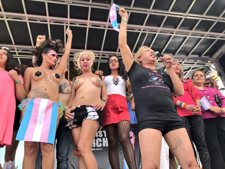 """La activista e ícono del movimiento transgénero en Los Ángeles, """"Ba..."""