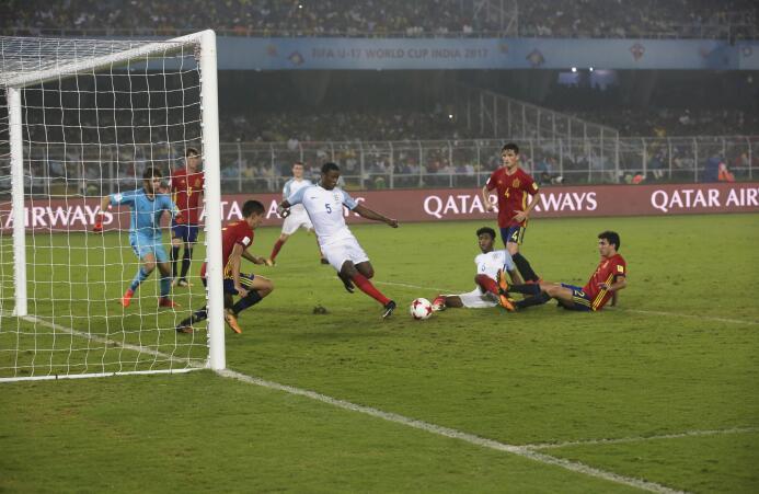 Inglaterra pasó del susto a una heróica remontada para ser campeón del '...