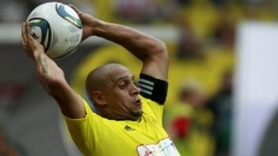 Roberto Carlos destacó el estilo agradable de los jóvenes brasileños que...