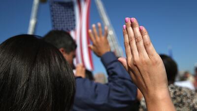 Identificar a inmigrantes que obtuvieron la ciudadanía de manera fraudulenta, el nuevo blanco del gobierno Trump