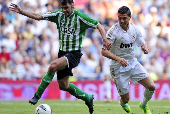 El Betis volvió a jugar en el Santiago Bernabéu luego de s...