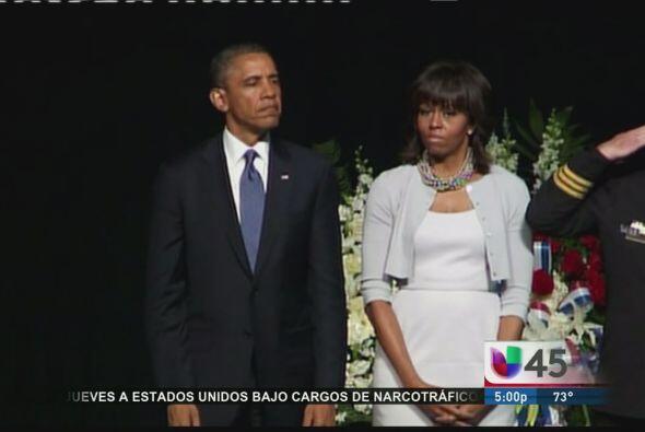 Michelle y Barack Obama estuvieron presentes este jueves en un servicio...