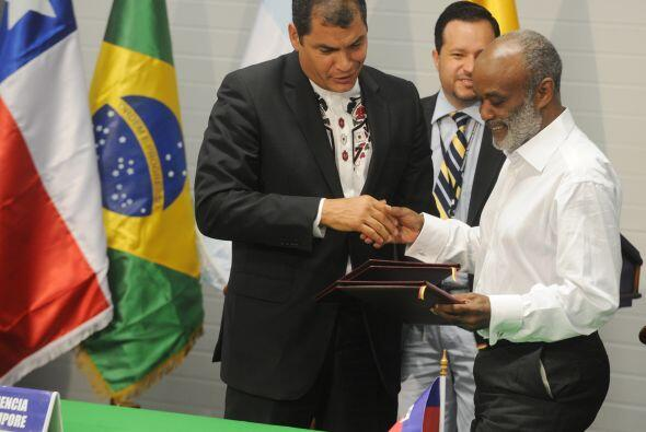 Por su parte, el mandatario haitiano René Préval manifestó su agradecimi...