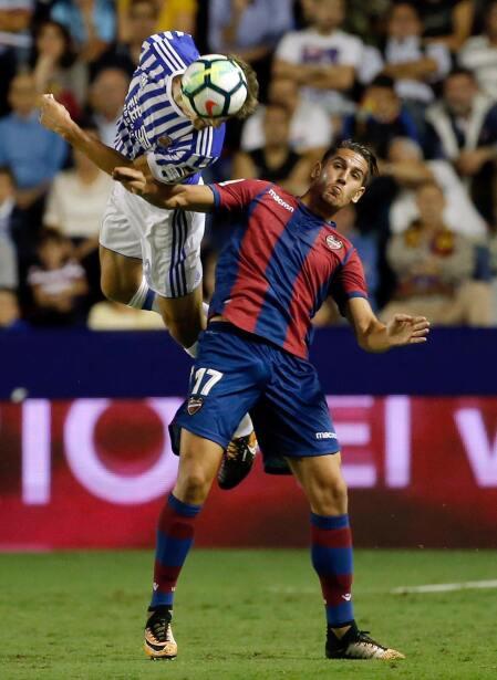 Real Sociedad y Carlos Vela fueron goleados por el Levante 6364162994249...