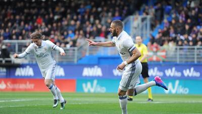 Benzema y James se lucen en la exhibición del Real Madrid ante el Eibar como visitante