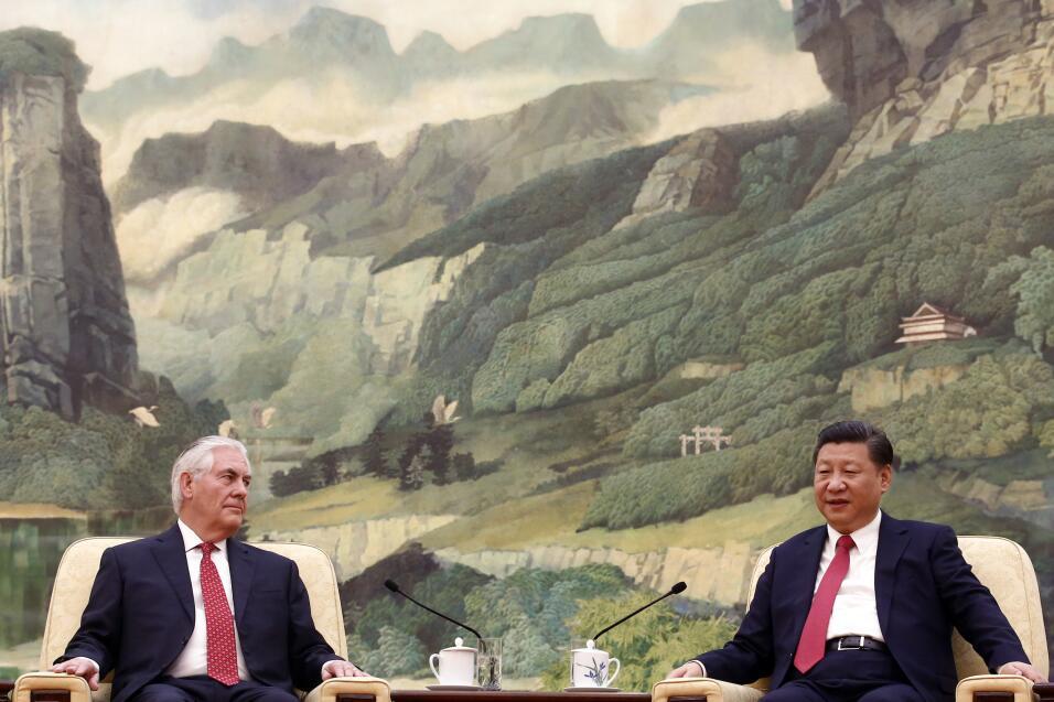 Rex Tillerson, llegó a Pekín el sábado tras haber visitado Japón y Corea...