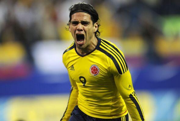 Al delantero colombiano Radamel Falcao García, quien brilla ahora en la...