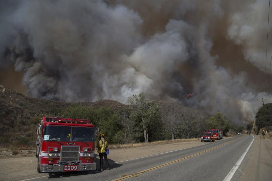 El incendio forestal 'Sand Fire' foto a foto GettyImages-579862568_maste...