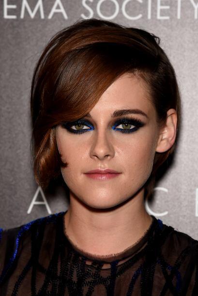 Y si alguien es experta en esas miradas que estremecen es Kristen Stewar...