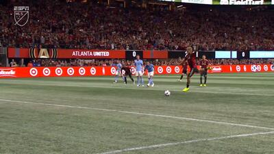 ¡Elegante y Sublime! Josef Martínez anota de penal y Atlanta ya gana 1-0 sobre New York City