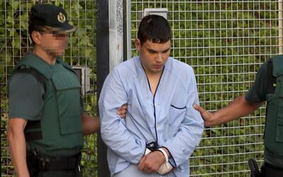 Mohamed Houli, el joven acusado de terrorismo, es trasladado ante el juez.