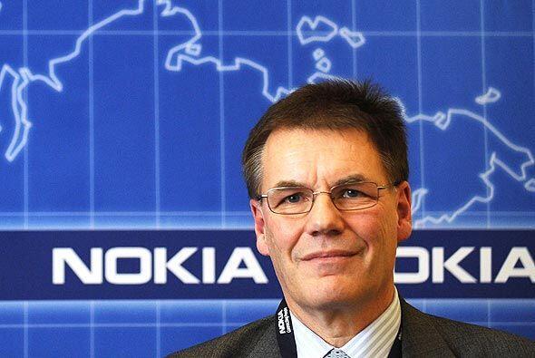 La fabricante finlandesa Nokia, con sus $27,400 millones, supera a Toyot...