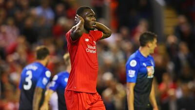Benteke le da segundo triunfo al Liverpool