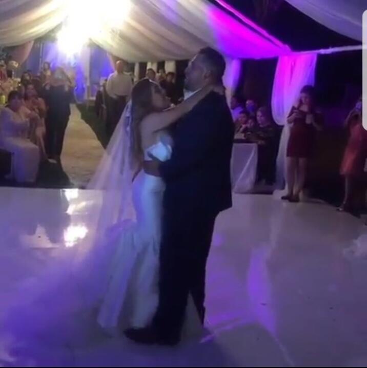 detalles boda Juan Rivera