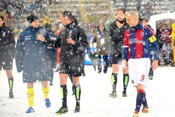 Bolonia y Chievo Verona se disponían a jugar un duelo con temperaturas d...