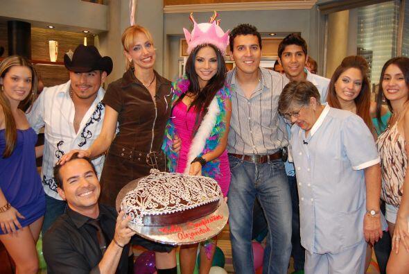 Con invitados de lujo y el elenco del programa, celebramos a nuestra que...