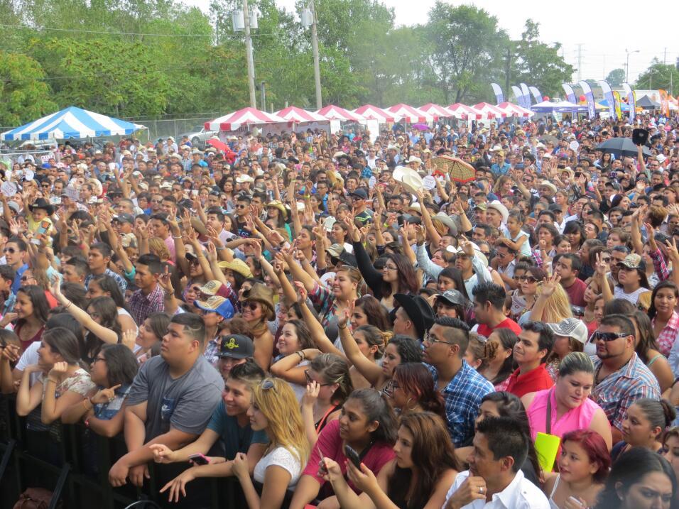 El Bueno, La Mala y el Feo armaron tremendo relajo en Fiestas Patrias 20...