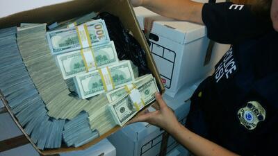 El mercado negro del peso: así lavan los narcos los dólares de la droga