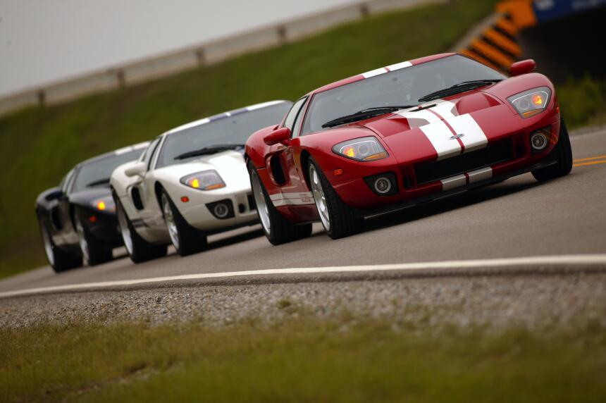 Ford v. Ferrari: La enemistad que creó una leyenda 2005-Ford-GT-neg-CN33...