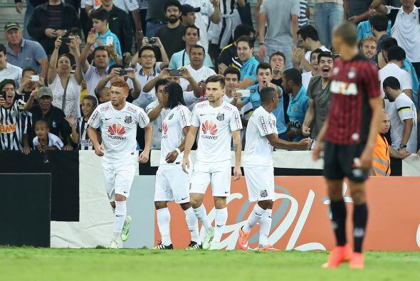 La popularidad de la más grande figura brasileña, Pelé, le ha dado popul...