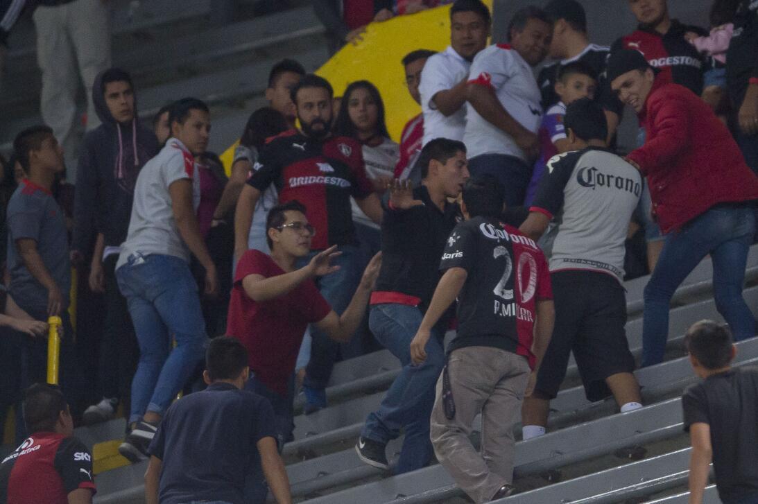 Violencia en las tribunas del Atlas en Clausura 2018 20180223-7754.jpg