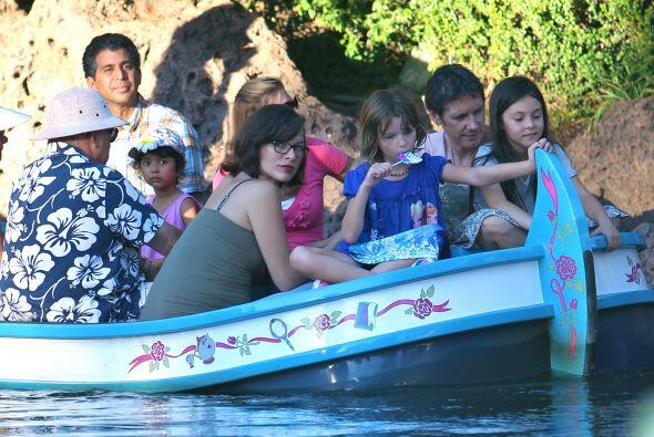 Toda la familia disfrutó varias de las atracciones que ofrece el parque...