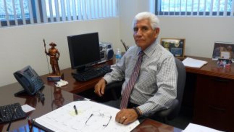 El Alguacil Tony Estrada, del Condado de Santa Cruz, cree que para arreg...