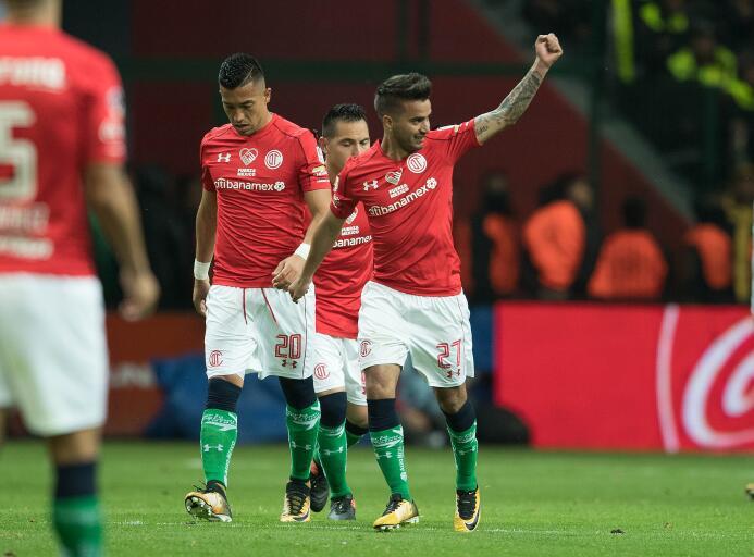 Muestras de apoyo en la Liga MX: Toluca 2-1 Pumas (Uniforme a la mexicana)