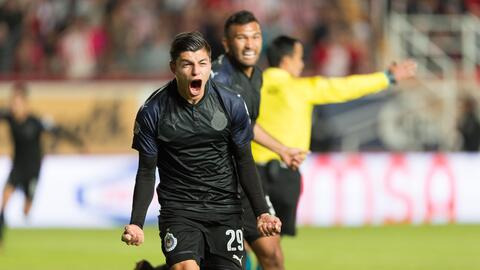El delantero del Guadalajara pudo gritar su primer gol del torneo.
