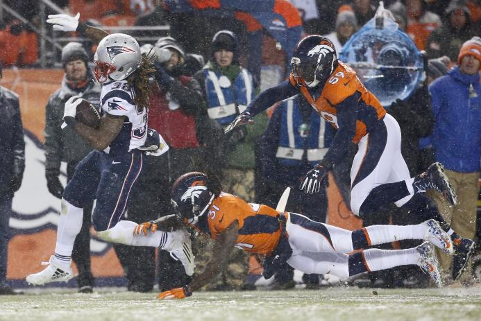 Los Broncos rompieron con la racha ganadora de los Patriots con un marca...
