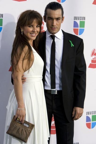 Kate y Aarón sin duda formaban una pareja súper atractiva. Sin embargo s...