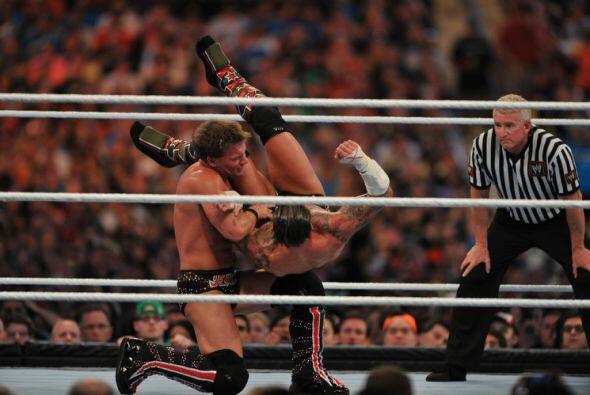 Este backbraker le funcionó a Jericho.