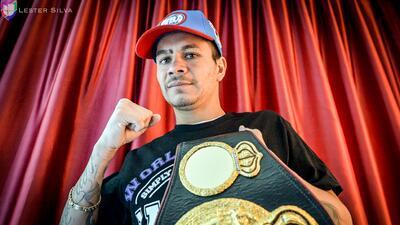 'Chucky' Flores quiere conquistar el título mundial de la AMB en Frisco, TX
