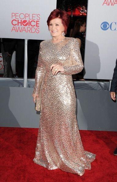 Sharon Osbourne nos dejó un poco pensativos en 2012 con su vestido ajust...