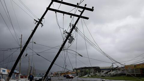 Puerto Rico quedó sin servicio eléctrico en el 100% de la isla.