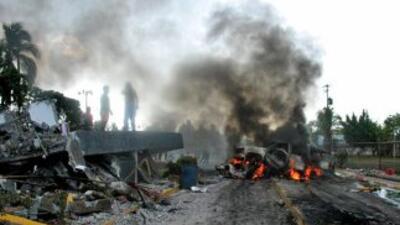 Diversos grupos del crimen organizado se han encargado de incendiar nego...