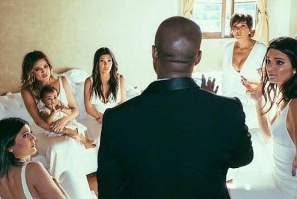 ¡Vaya que Kanye es bendito entre las... KARDASHIAN!