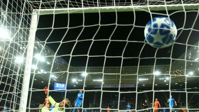 En fotos: en rudo juego Hoffenheim y Olympique de Lyon igualan 3-3 en la Champions League