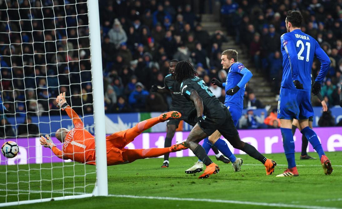 Chelsea eliminó al Leicester en la prórroga y avanzó a semifinales de F....