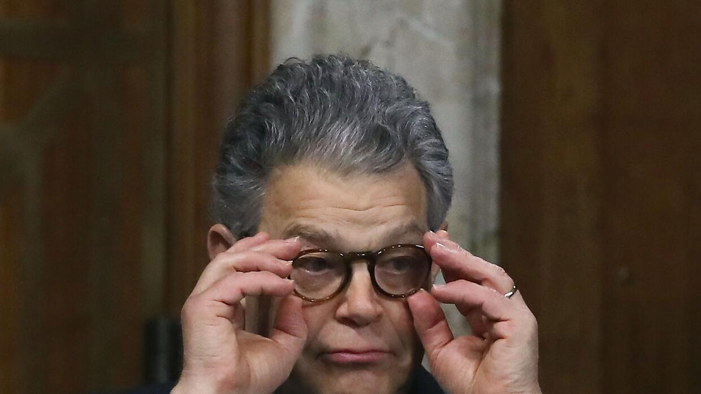 Una presentadora de televisión acusó al senador por Minnesota de haberla...